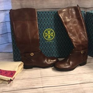 100% Authentic Tory Burch Boots Woman sz 8